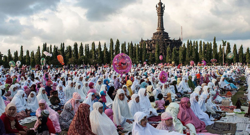 Special Traditions of Eid al-Fitr for a Unique Bali Private Tour